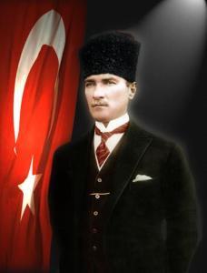 """Mustafá Kemal """"Atatürk"""" (1881-1938), fundador de la República de Turquía, a la  caída del Imperio Otomano, siguiendo el modelo político de Francia (Fuente: www.kadinsirlari.com)"""
