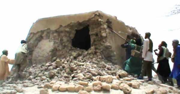 Imagen del ataque contra la mezquita de Sidi Yahya (Fuente: www.rtve.es)